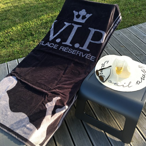 serviette plage plage vip avomarks. Black Bedroom Furniture Sets. Home Design Ideas
